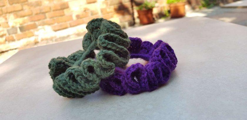 Set of 2 crocheted hair scrunchies 3