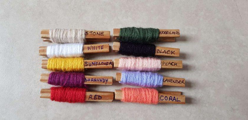 Set of 2 crocheted hair scrunchies 4