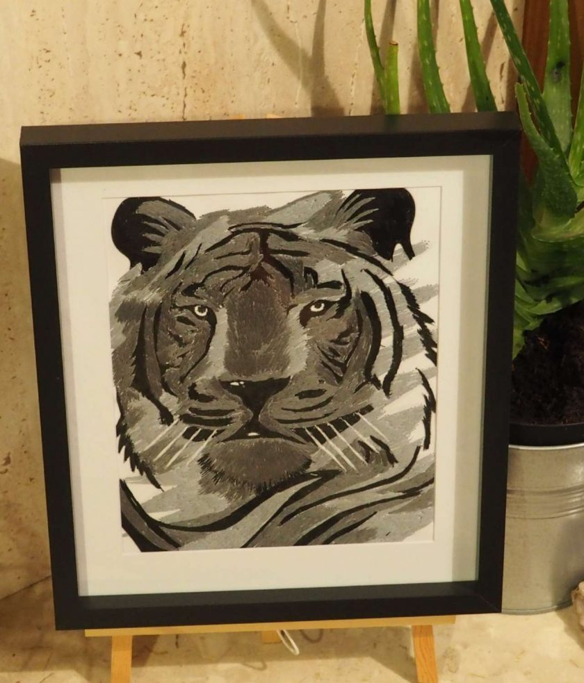 tiger thread painting.  Artwork.  Home decore 4
