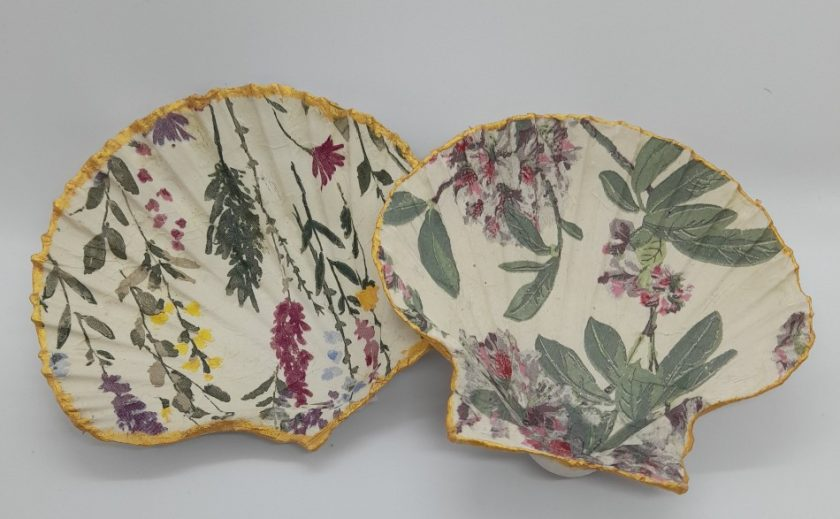 Jewellery storage - Decoupage scallop shell dishes 1