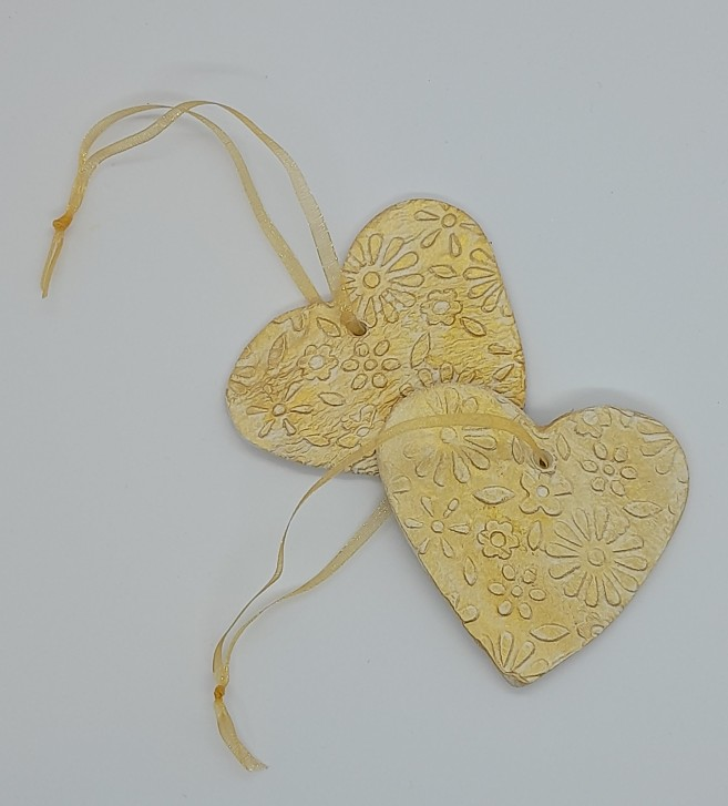 Romantic Valentine gift - Set of 2 gold clay hearts 3