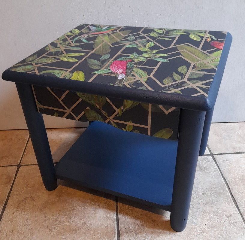 Furniture - Blue and gold tropical decoupage lamp table 2