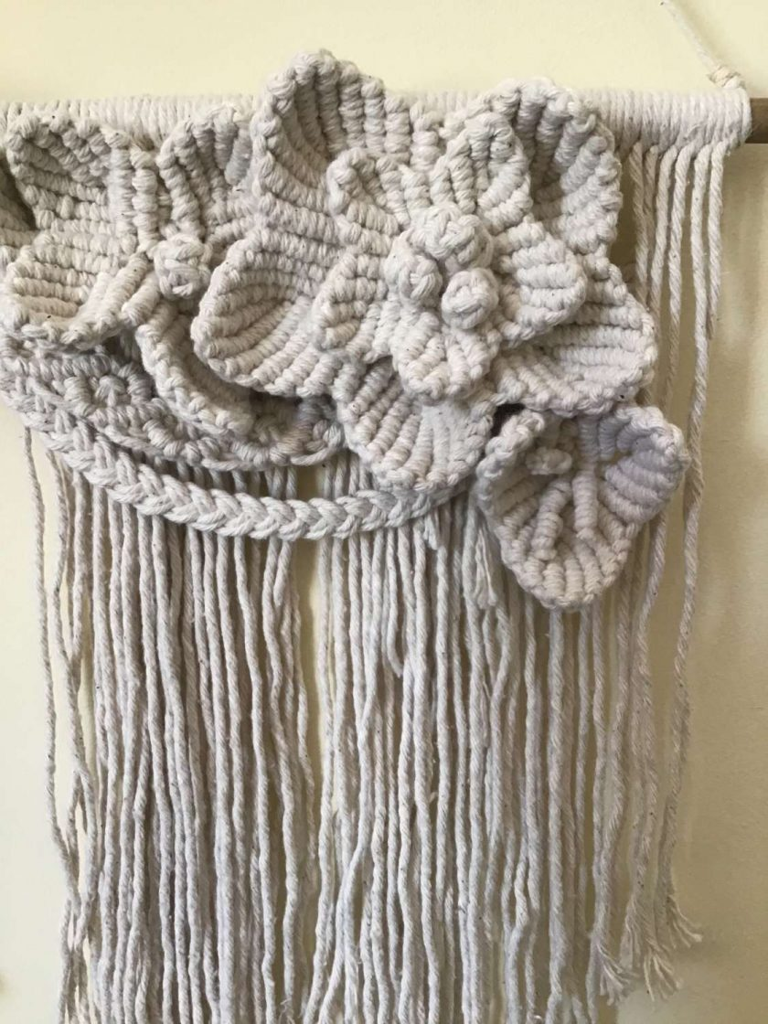 'Trewithen' Boho Macrame Flower Wall Hanging (Free P&P)