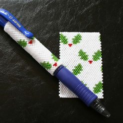 Christmas Holly Even Count Peyote Pen Cover