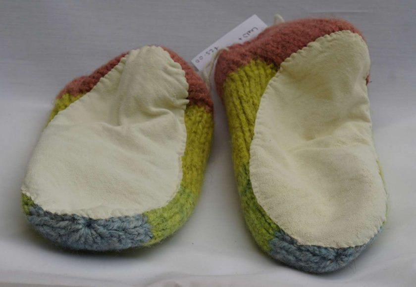 Handknitted Pure Swaledale Wool Slippers Naturally Dyed 24 cm UK size 5.5 to 6