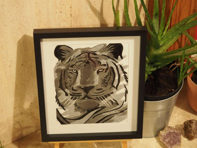 tiger thread painting.  Artwork.  Home decore 2