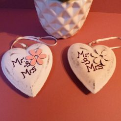 Ceramic heart mini hanging with Mr & Mrs logo and flower.