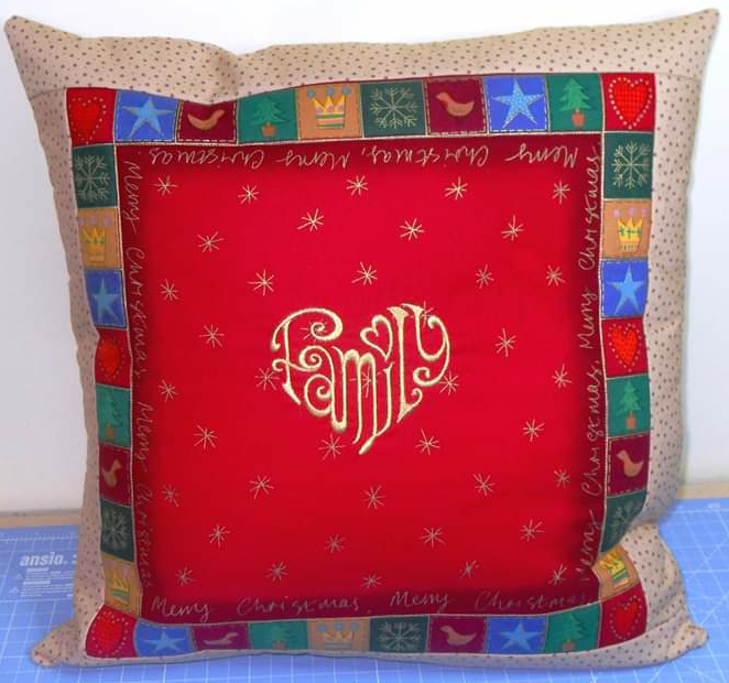 'Patchwork' Style ♥️ Soft Touch ♥️ FAMILY 💗 CHRISTMAS Cushion Cover ♥️ Exclusive EMBROIDERED Design ♥️ Quilted & Padded 3