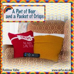 A Pint of Beer and a Packet of Crisps - novelty cushion covers - crochet pattern