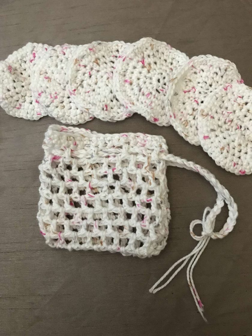 Crochet Reusable Cleansing Pads (6) and Bag - White 1