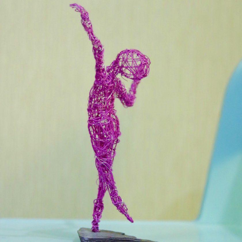 Dance Sculpture - Feels So Good- Wire Sculpture 7