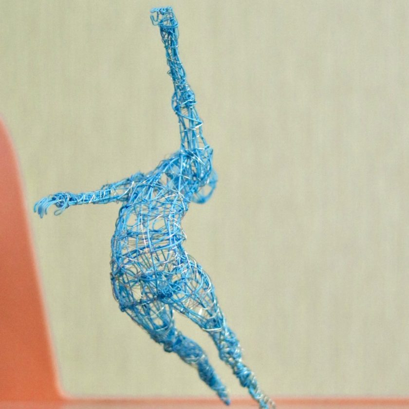 Dance Sculpture - Roll The Dice - Wire Sculpture 8