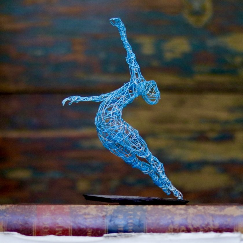 Dance Sculpture - Roll The Dice - Wire Sculpture 10