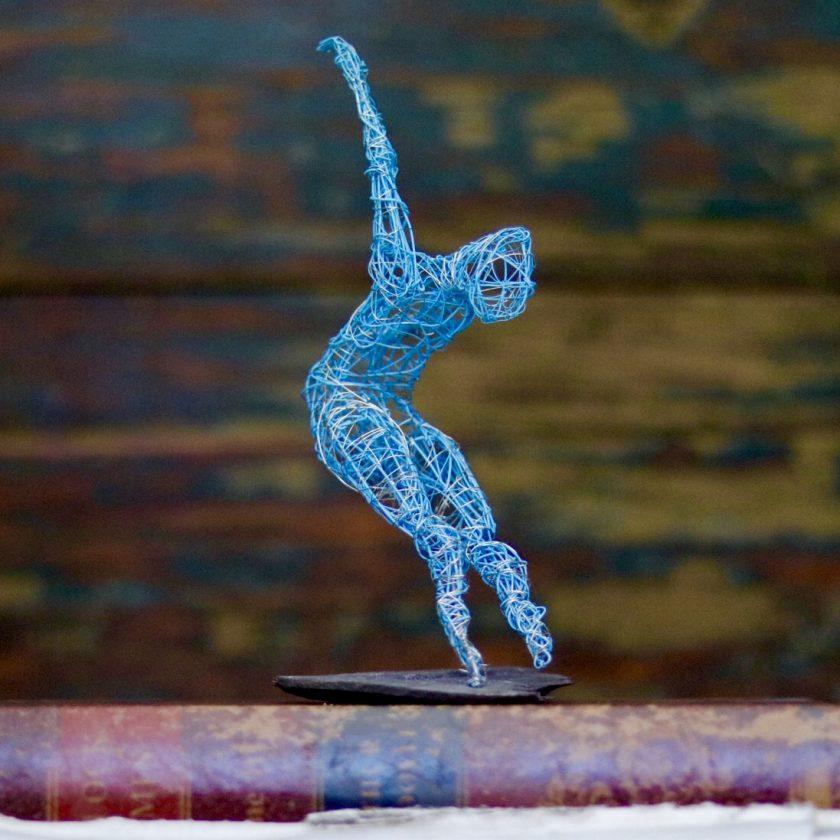 Dance Sculpture - Roll The Dice - Wire Sculpture 11