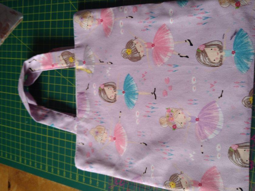 childs pink bag 1