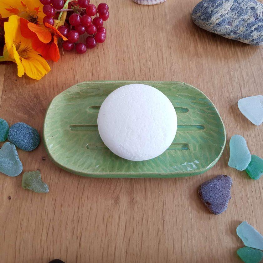 Kiwi green handmade soap and shampoo bar dish 1