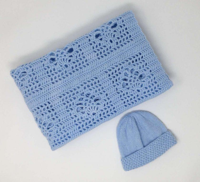 Sky blue crochet baby blanket and newborn hat 3