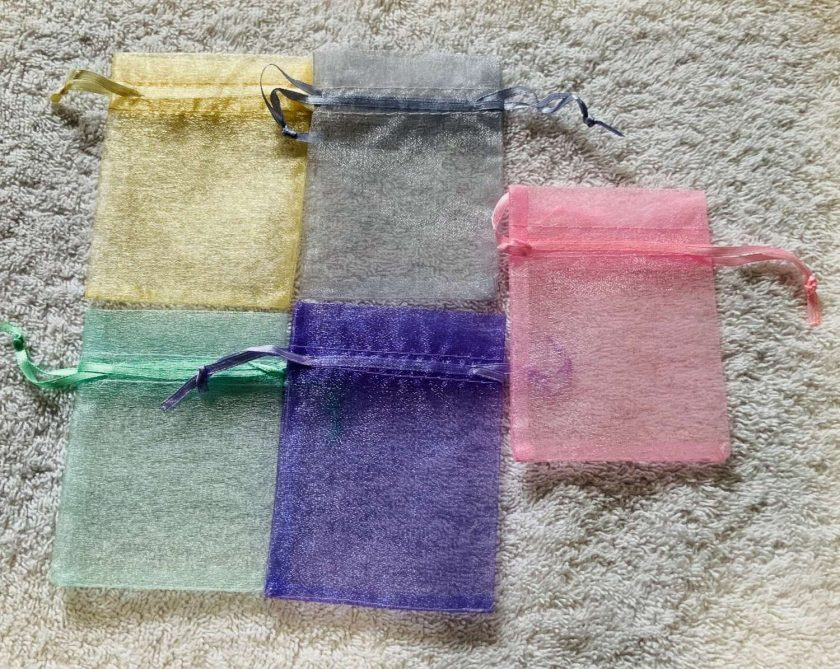 50 Pastel Coloured Small Organza Gift Bags 3