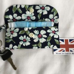 Face mask clip on bag/holder, keep your mask clean and to hand 7