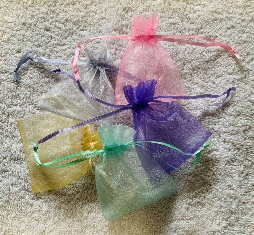 50 Pastel Coloured Small Organza Gift Bags 1