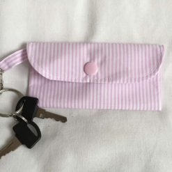 Face mask clip on bag/holder, keep your mask clean and to hand 8