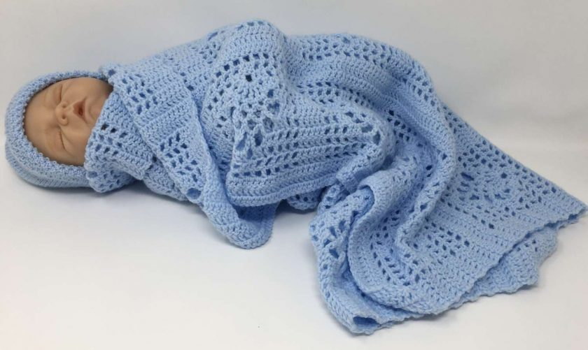Sky blue crochet baby blanket and newborn hat 2