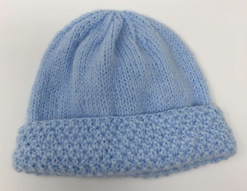 Sky blue crochet baby blanket and newborn hat 4