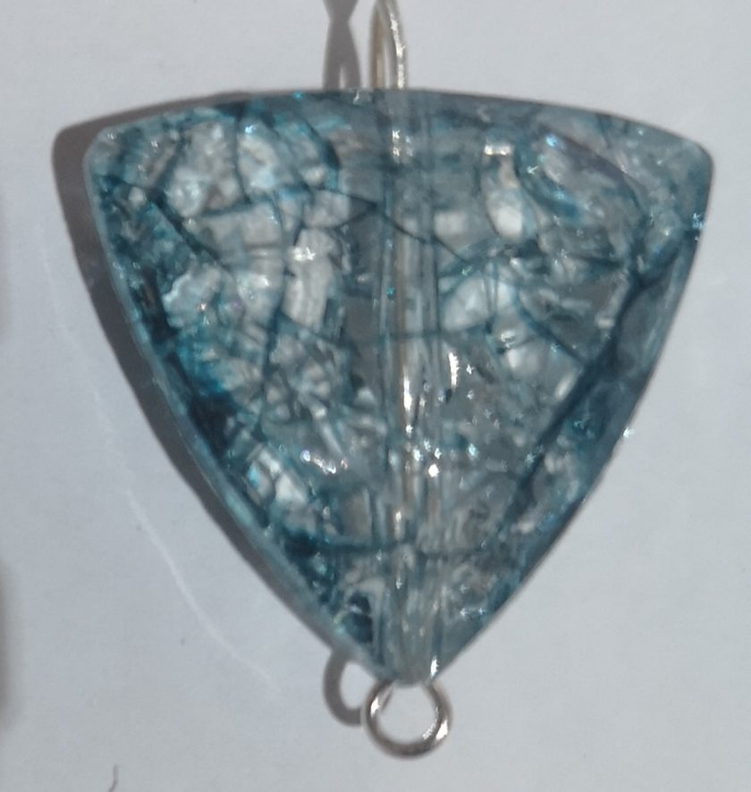 Blue shattered glass look pendant necklace 1