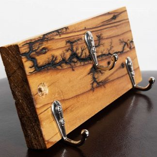 Recycled Pallet Wood Key Holder, with Lichtenberg Fractal Burning.