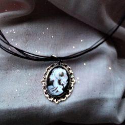 Jewellery: Black and white skull cameo pendant 3