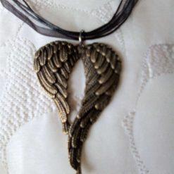 Jewellery: Angel wings necklace 4