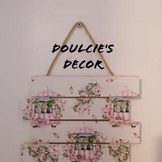 Decoupaged wooden plaque by Doulcie's Decor (flamingo)