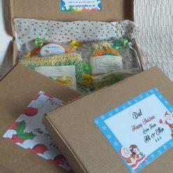 Soap + Cotton Wash Bag Gift Box: Jamaican Spice and Lemon hand-poured Goats Milk Soap 1