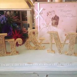 Wedding must have: Mr & Mrs standing Table top decoration/gift 2