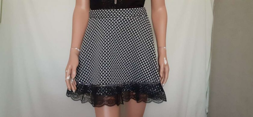 Black & White stretch A-line skirt with lace & sequins, size 10 3