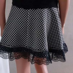 Black & White stretch A-line skirt with lace & sequins, size 10 11