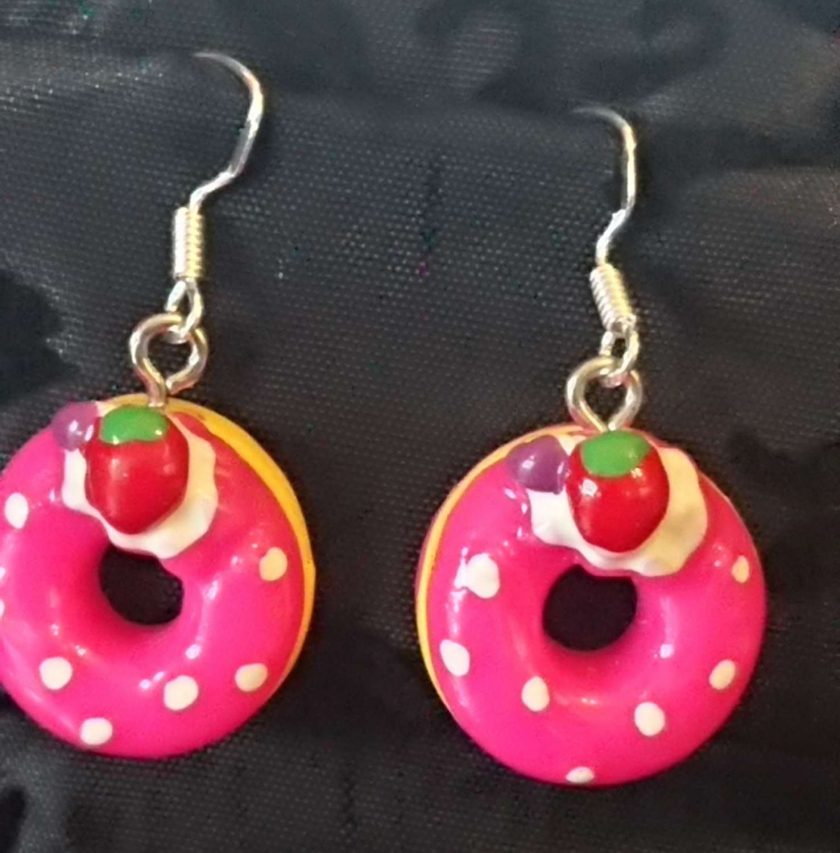 Doughnut earrings Fuschia 1