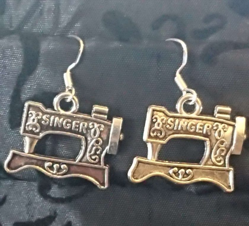 Sewing machine Earrings 1