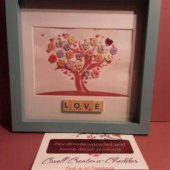 Button art 'Tree of love' box frame