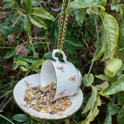 Vintage pink rosebuds teacup bird feeder 4
