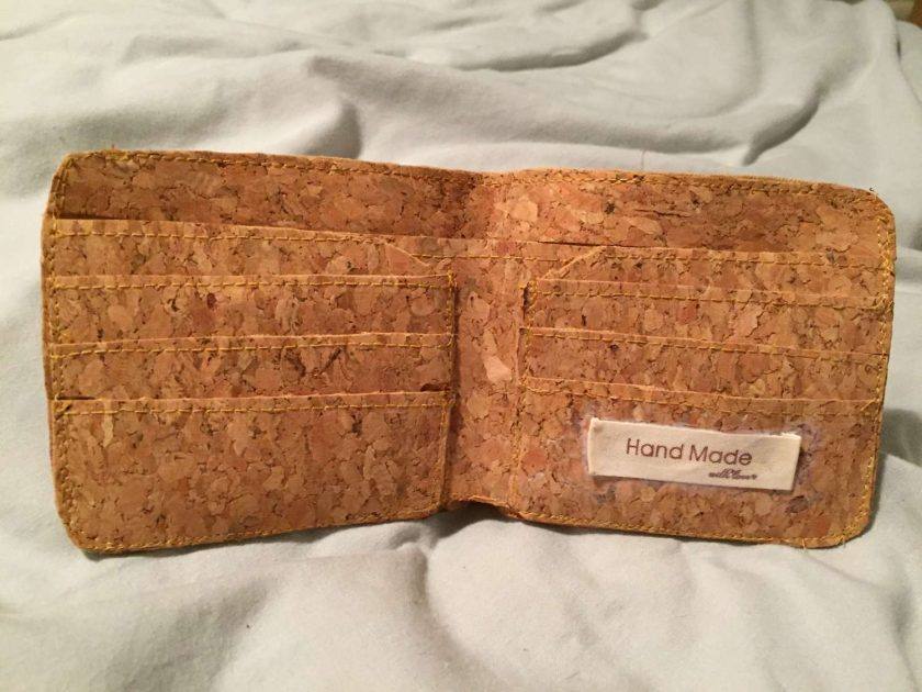 Sale : 1 only cork  leather wallets 8