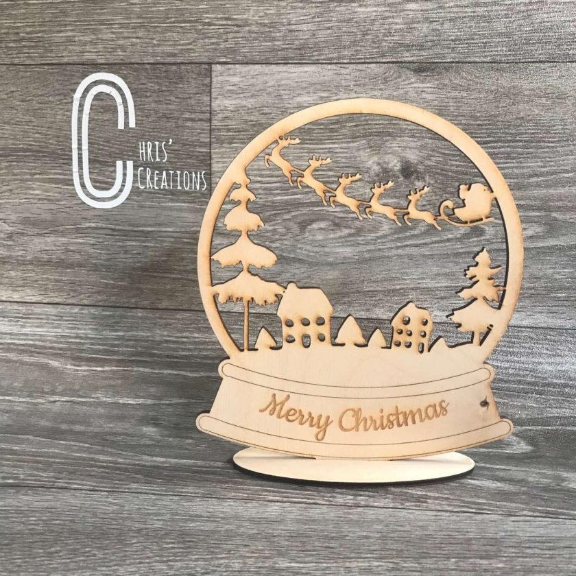 Christmas Scene standing snow globe
