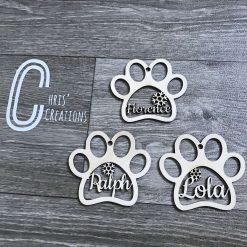 Paw print personalised wooden bauble ? 1