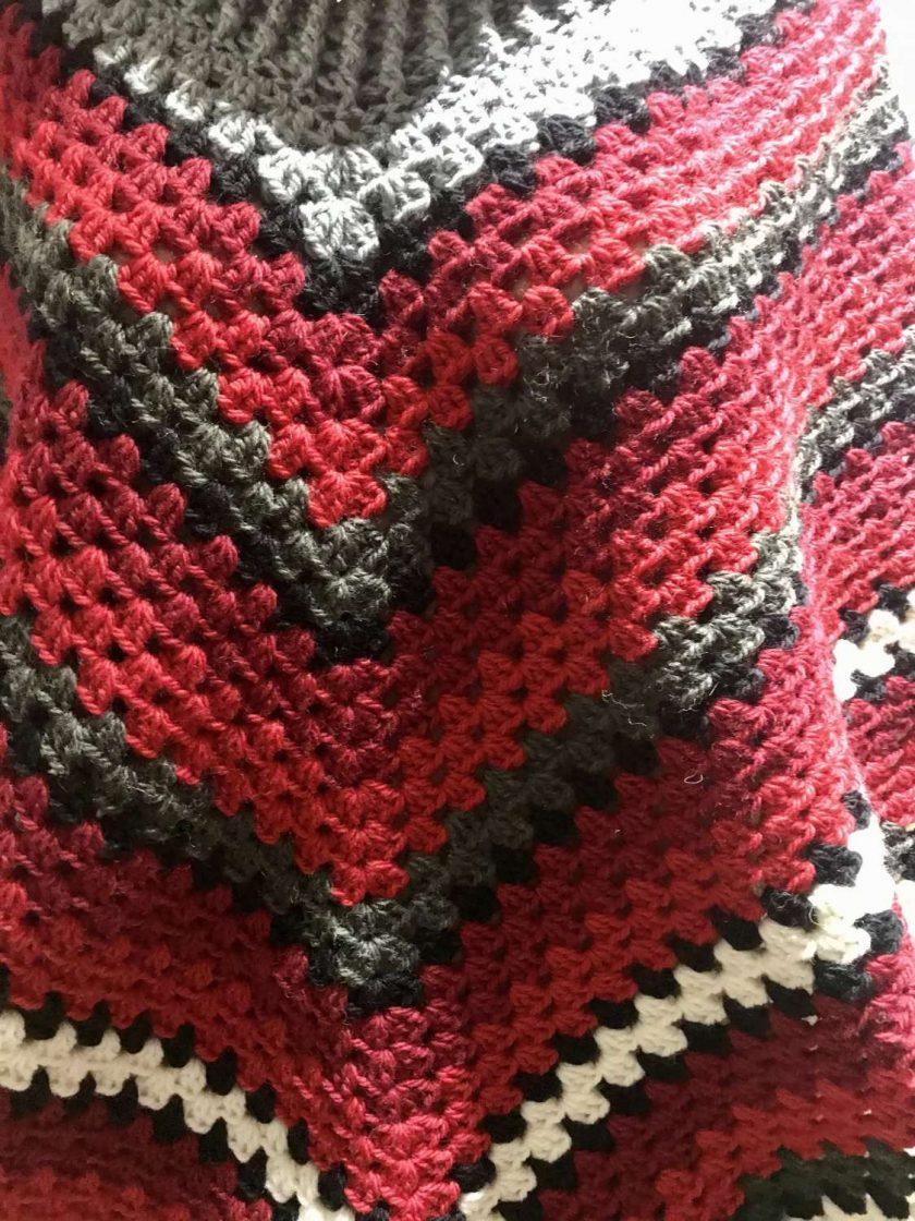 Christmas poncho - 100% wool 4