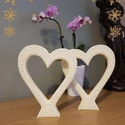Beautiful standing Love Hearts, single or in pairs. 3