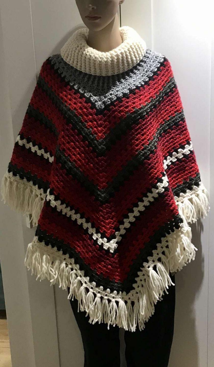 Christmas poncho - 100% wool 1