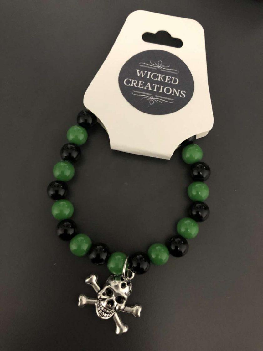 Green and Black Skull Pendant Stretch Bracelet 1