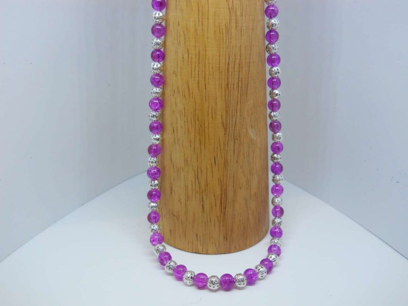 light purple necklace 1