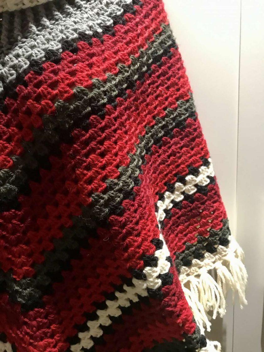 Christmas poncho - 100% wool 5