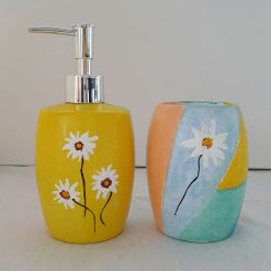 DELIGHTED DAISIES SET Hand painted | Dishwasher and Microwave Safe |